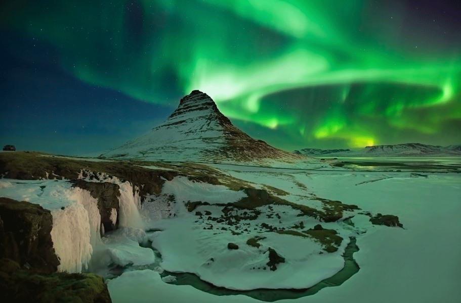 Северное сияние Исландия