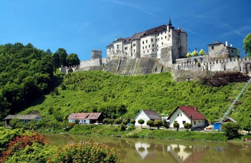 Замок Штернбек