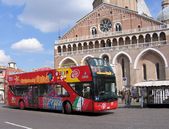 Автобусные туры по Милану
