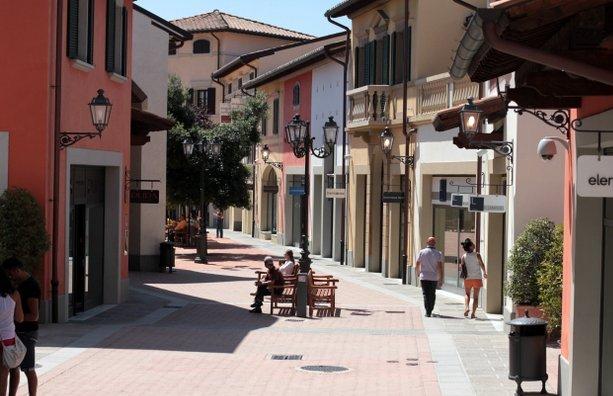 Barberino outlet во Флоренции