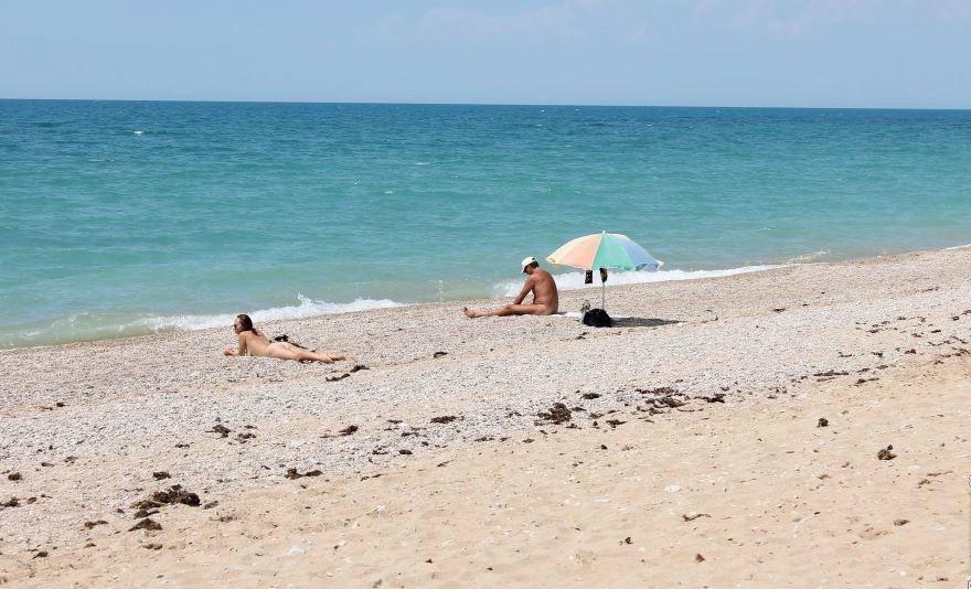 Нудистские пляжи в Севастополе