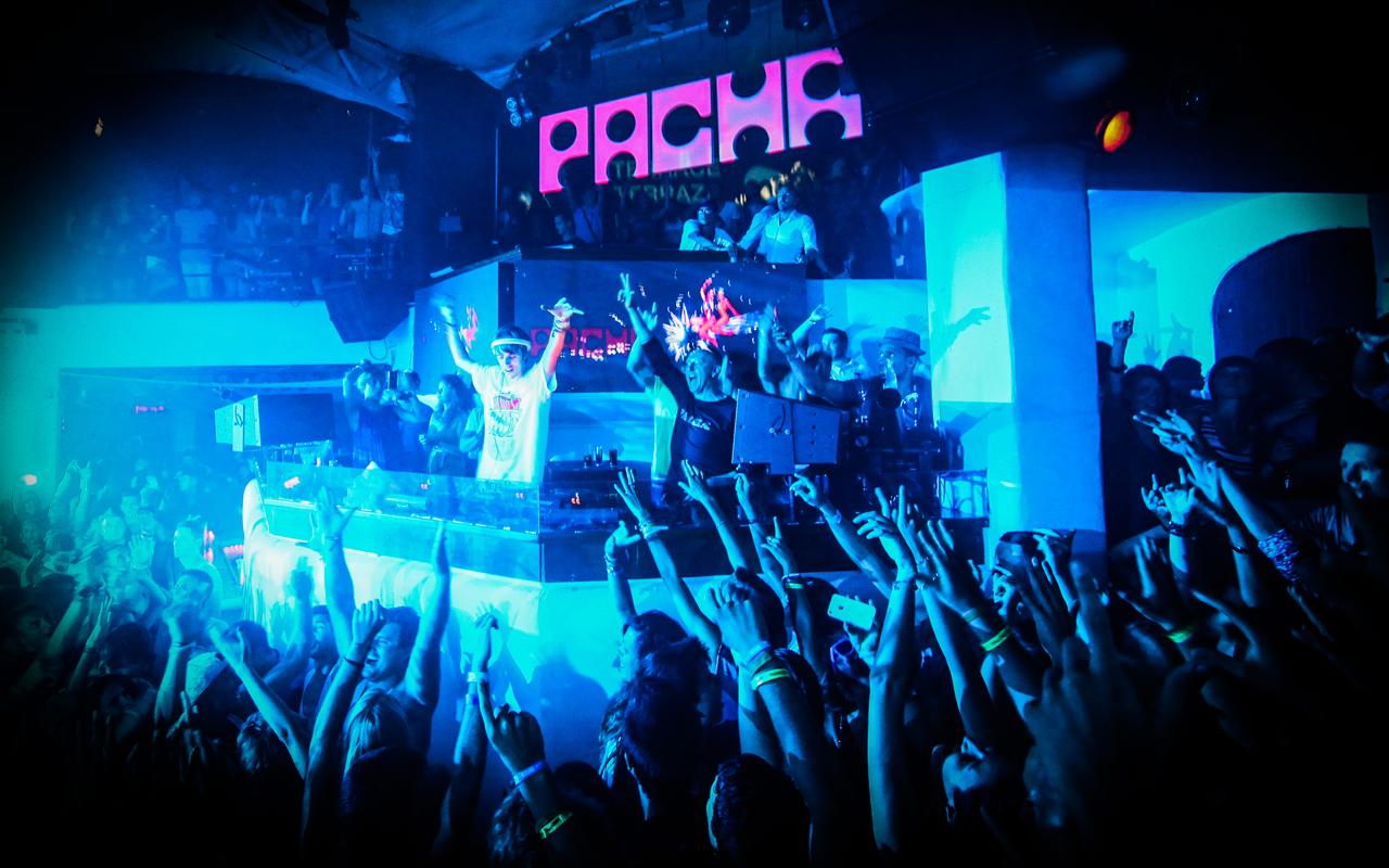 Pasha клуб