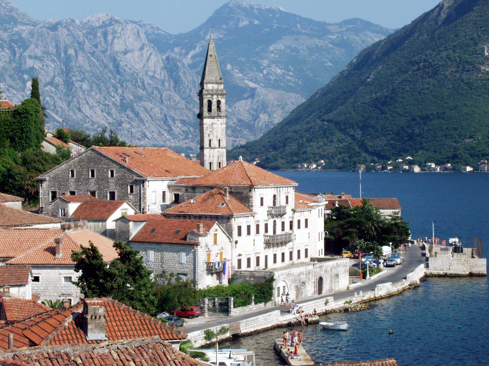 где лучше отдыхать в сентябре в хорватии или черногории