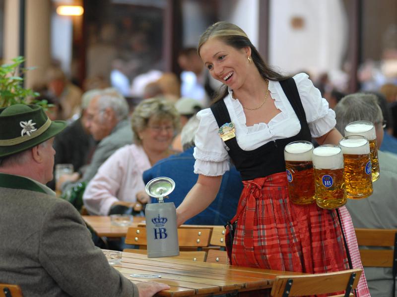 Пиво в Хофбройхаус