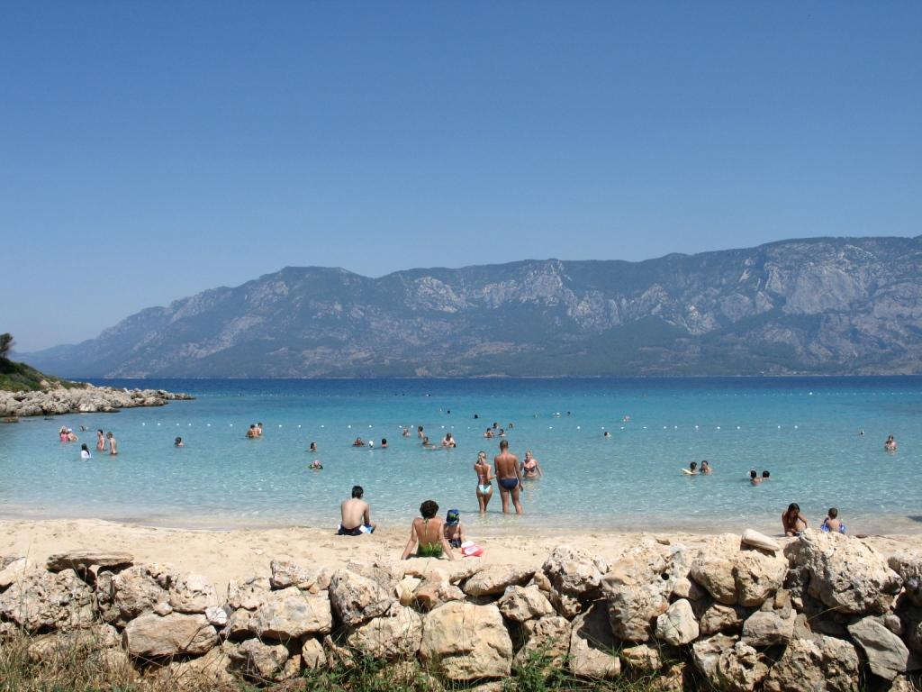 когда лучше ехать в черногорию с маленьким ребенком
