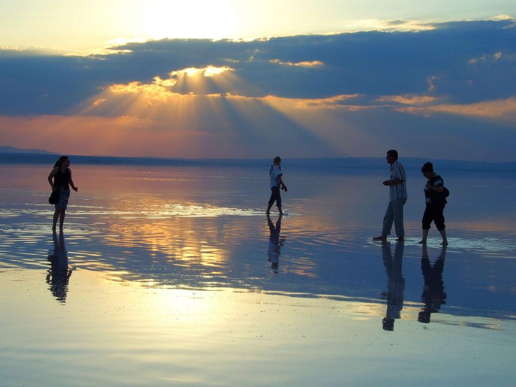 Прогулки по озеру Туз