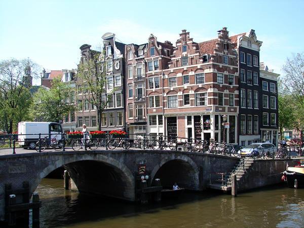 Район Грахтенгордель в Амстердаме