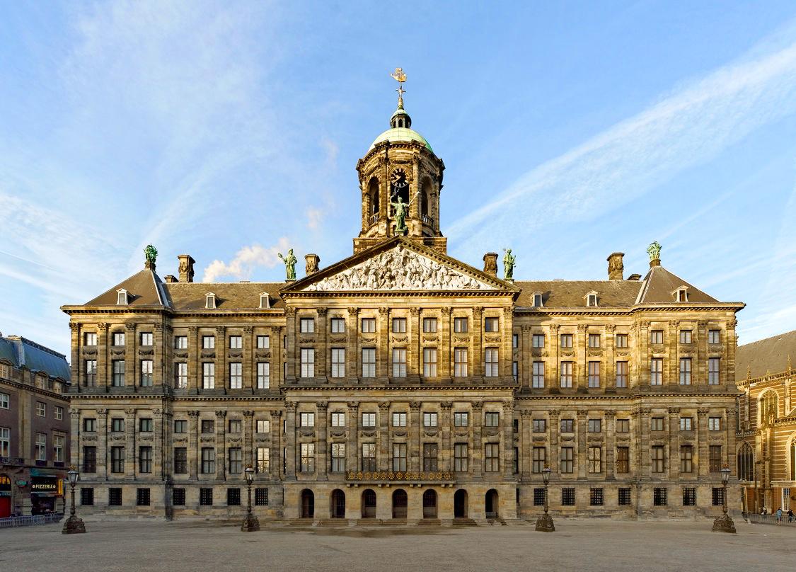 Королевский дворец Амстредама
