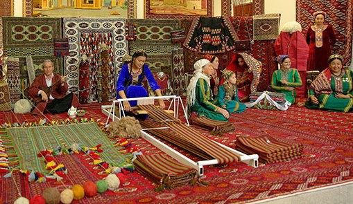 Туркмения ковроткачество