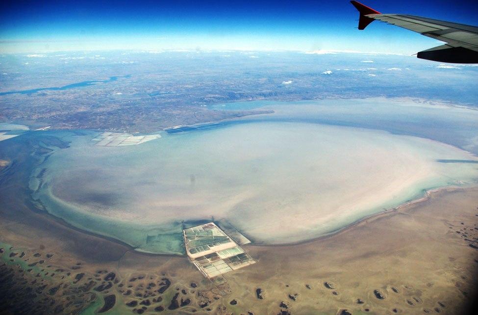 Вид из самолета озеро Туз