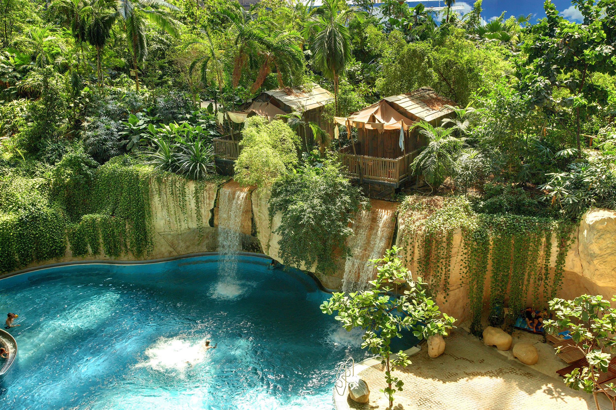 Отдых в tropical Islands
